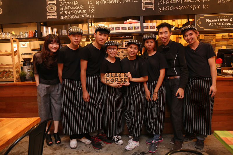 blackhorse-staff